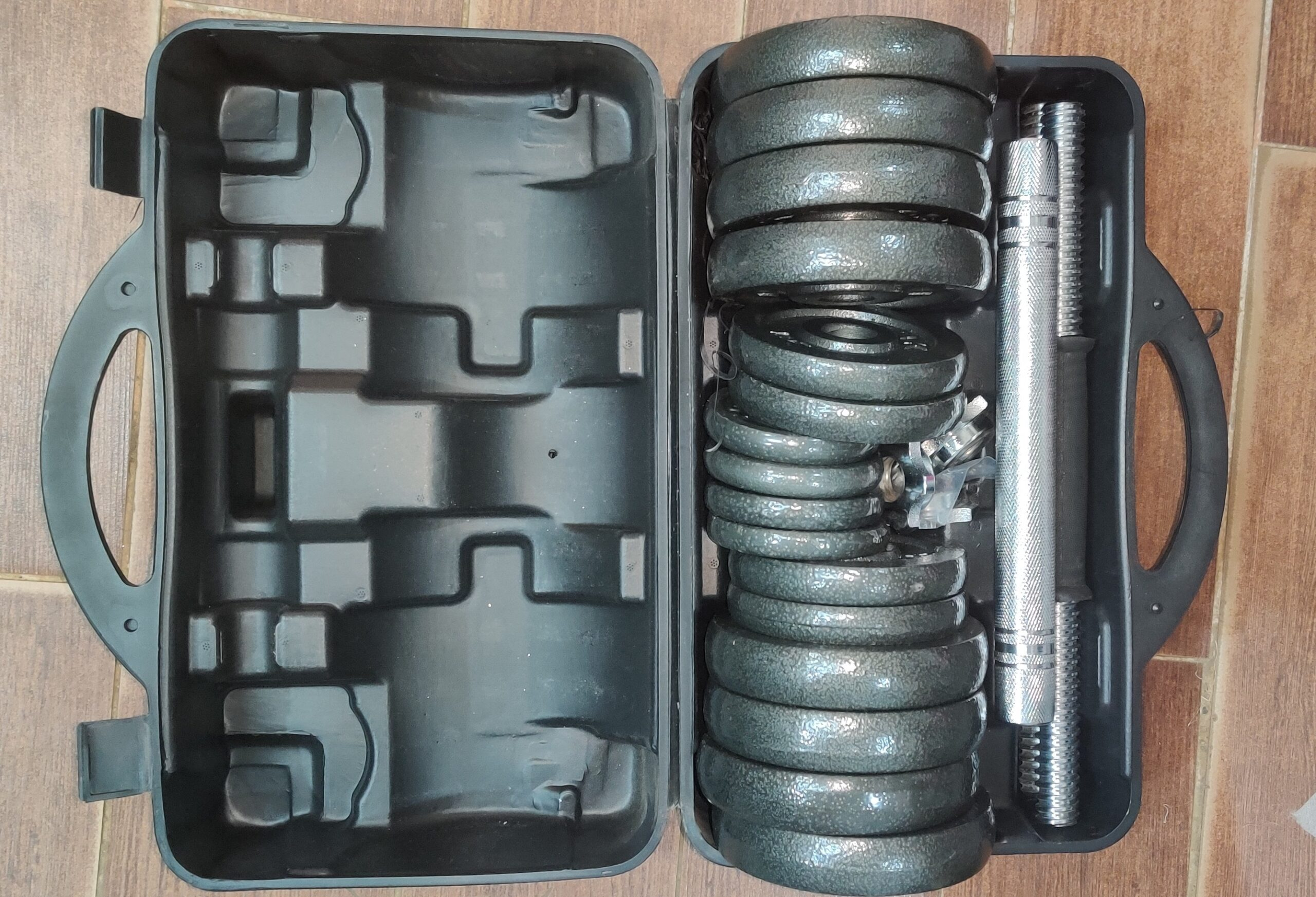 30kg iron cast dumbbells 15kg each hand